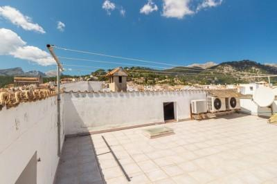 Attractive penthouse for sale in Pollensa, Mallorca