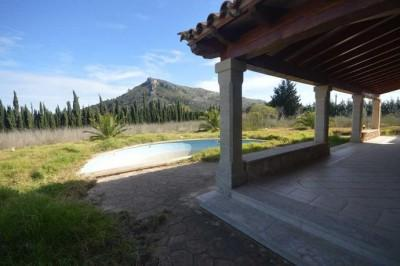 Rustic country property for sale in Alcudia, Mallorca