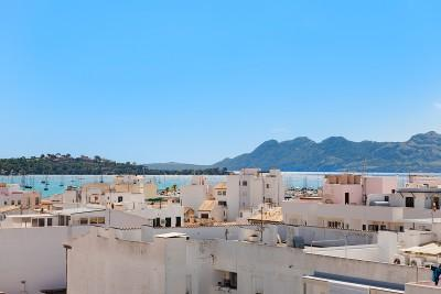 Town house for sale, close to the beach in Puerto Pollensa