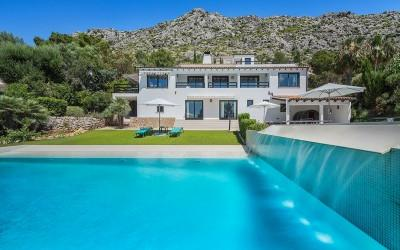 Impressive villa for sale near Pollensa, Mallorca