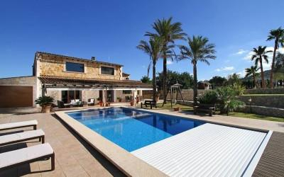 Country house with ETV license and heated pool for sale in Inca, Mallorca