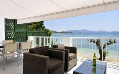 First sealine apartment in Puerto Pollensa, Mallorca