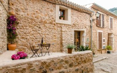 Townhouse for sale in a hidden village Alaro, Mallorca
