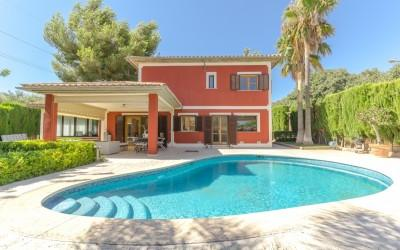 Villa on the frontline of Son Quint golf course for sale in Palma, Mallorca