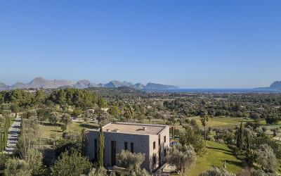 Exceptional and majestic country mansion for sale in a prestigious location near Pollensa, Mallorca