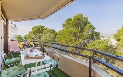 Spacious apartment for sale near the beach in Puerto Pollensa, Mallorca