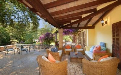 Mallorcan villa with pool, BBQ and garden in privileged residential area, Pollensa, Mallorca