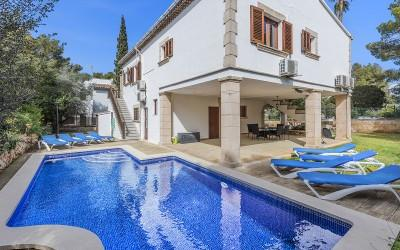 Villa for sale in Bonaire, Mallorca