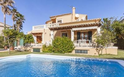 Sea view villa for sale in Barcares, Alcúdia, Mallorca