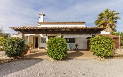 Country house to reform for sale near Pollensa, Mallorca