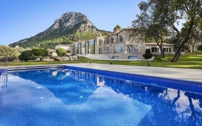 Country estate with sea views in stunning location near Valldemossa, Mallorca