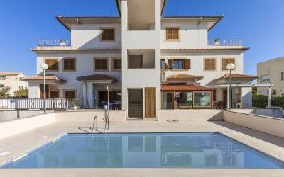Duplex apartment for sale in Puerto Alcudia, Mallorca