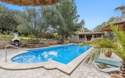 Country home for sale near Alcúdia, Mallorca