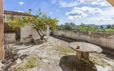 Town house to reform for sale in Selva, Mallorca