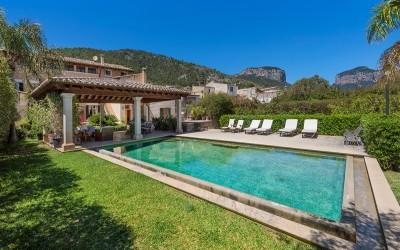 Palatial town house for sale in the centre of Alaro, Mallorca