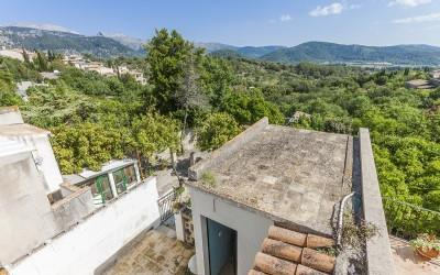 Town house in need of reform and fantastic views for sale in Campanet, Mallorca