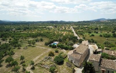 Large countryside plot within walking distance of town for sale Campanet, Mallorca