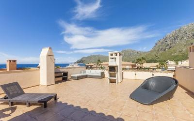 Sea view penthouse apartment for sale in Betlem, Mallorca