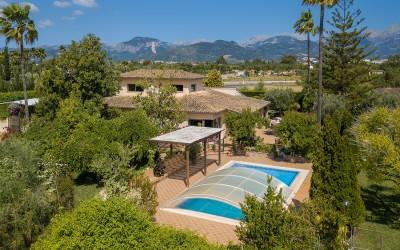 Spectacular country house with tennis court for sale in Inca, Mallorca