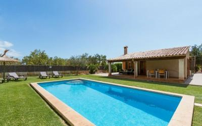 Charming farmhouse with holiday rental license in Pollensa, Mallorca