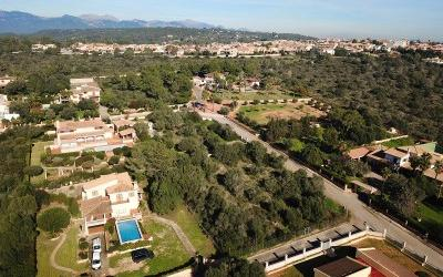 Building plot, in elevated position, for sale near Santa Maria, Mallorca