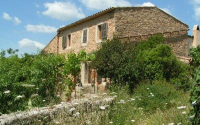 Large farmhouse property with great potential for sale near Manacor, Mallorca