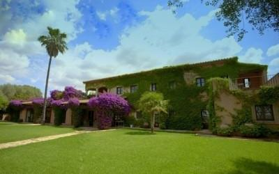 Great finca with fantastic views near golf course for sale in Manacor, Mallorca