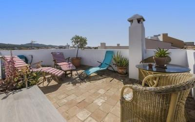 Perfect investment town house with rental license for sale in Alcúdia, Mallorca