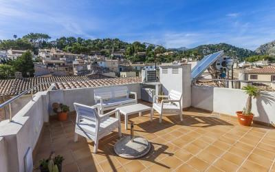Modern design apartment for sale in Pollensa, Mallorca