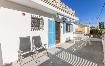 Fantastic apartment with rental license for sale in Cala San Vicente, Mallorca