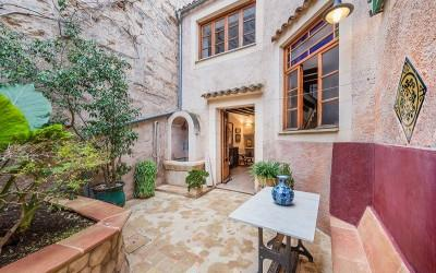 Traditional town house for sale in Muro, Mallorca