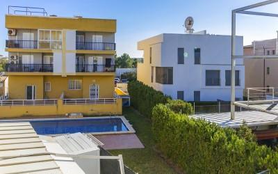 Modern 3 bedroom apartment for sale in Puerto Pollensa, Mallorca
