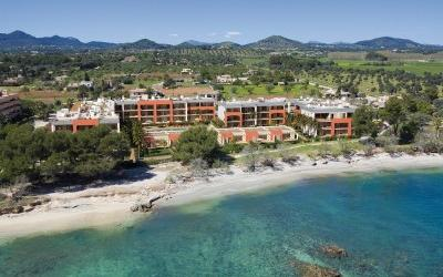Apartment for sale in a seafront complex in Port Verd, Son Servera, Mallorca
