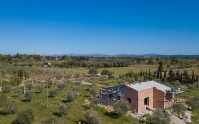 Countryside plot with exisiting structure for sale near Campanet, Mallorca