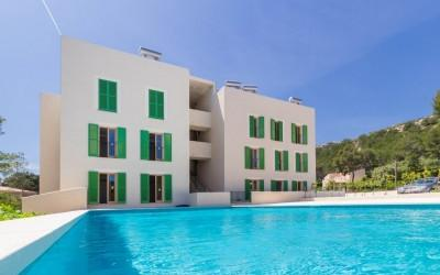 Newly built apartment within walking distance of town for sale in Puerto Pollensa, Mallorca