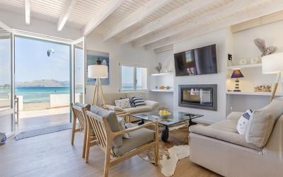 Incredible beachfront villa for sale in Alcudia, Mallorca