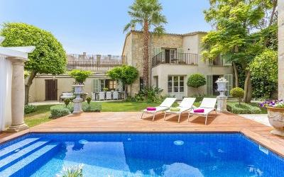 Elegant residence for sale in a central part of Pollensa, Mallorca