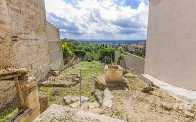 Urban plot with spectacular views for sale in Campanet, Mallorca
