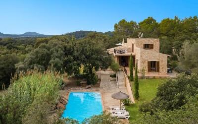 Three bedroom country finca with holiday rental license for sale near Artá, Mallorca