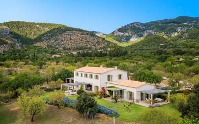 Highly impressive mansion for sale in Alaró, Mallorca