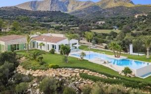 Breathtaking contemporary country home with unbeatable sea views for sale near Arta, Mallorca