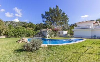 Charming detached villa for sale near Pollensa, Mallorca