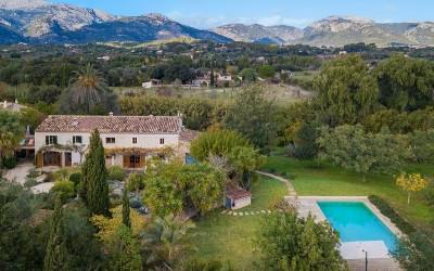 Beautiful five bedroom finca with large garden for sale near Moscari, Mallorca