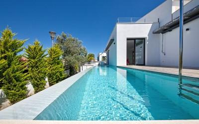 Modern villa for sale in a peaceful area of Bonaire, Mallorca