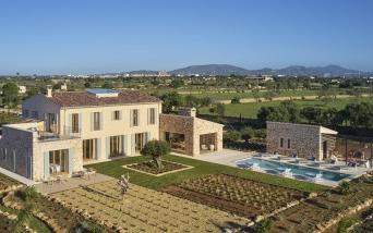 Amazing countryside mansion for sale near Santanyi, Mallorca