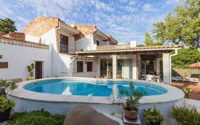 Detached villa for sale in Puerto Pollensa, Mallorca