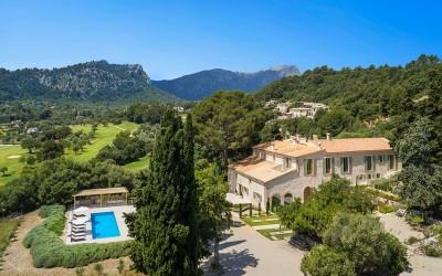Country estate for sale in Pollensa, Mallorca