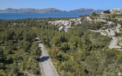 Exclusive plots for sale  with building permits in Bonaire, Mallorca