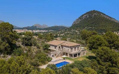 Amazing country home for sale on the outskirts of the historic town Pollensa, North of Mallorca, Balearic Islands