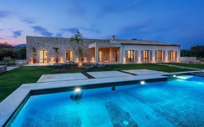 Modern finca built to highest standards for sale in an exclusive location close to Pollensa, Mallorca